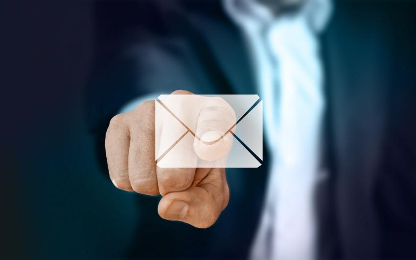 PTS: mailowe konsultacje dla dentystów ws. szczepień