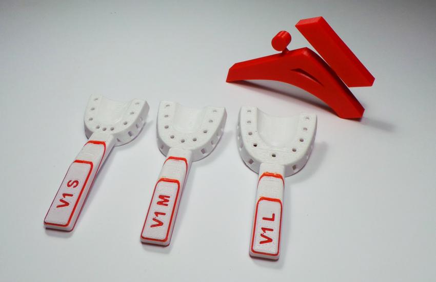 Łyżki ortodontyczne dla dzieci z rozszczepem warg i podniebienia