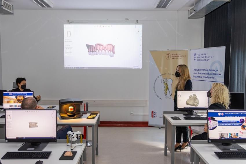 GUMed: nowoczesna sala projektowa uzupełnień protetycznych