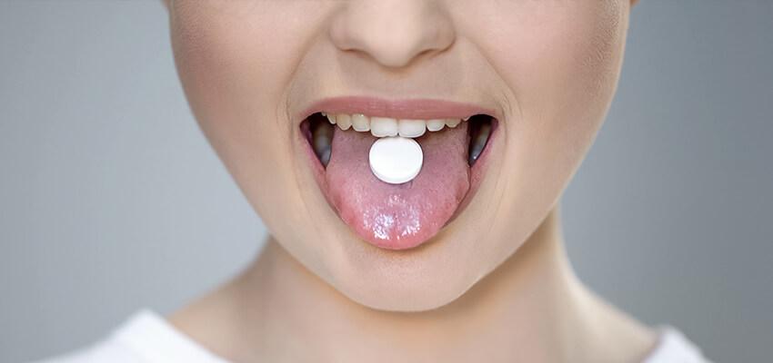 Zapalenie jamy ustnej w trakcie antybiotykoterapii – opis przypadku