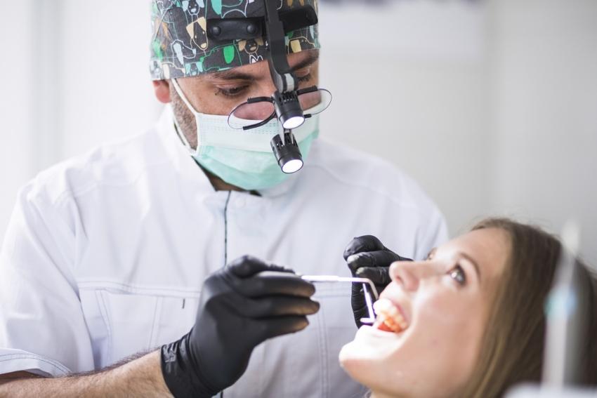 W Polsce brakuje lekarzy, lekarzy dentystów i pielęgniarek
