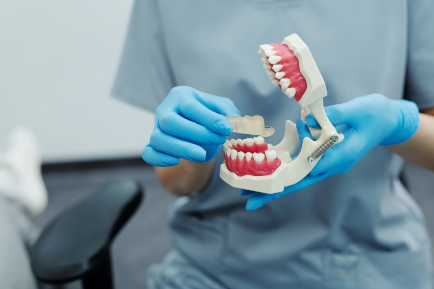 Higiena i zdrowie jamy ustnej u osób starszych