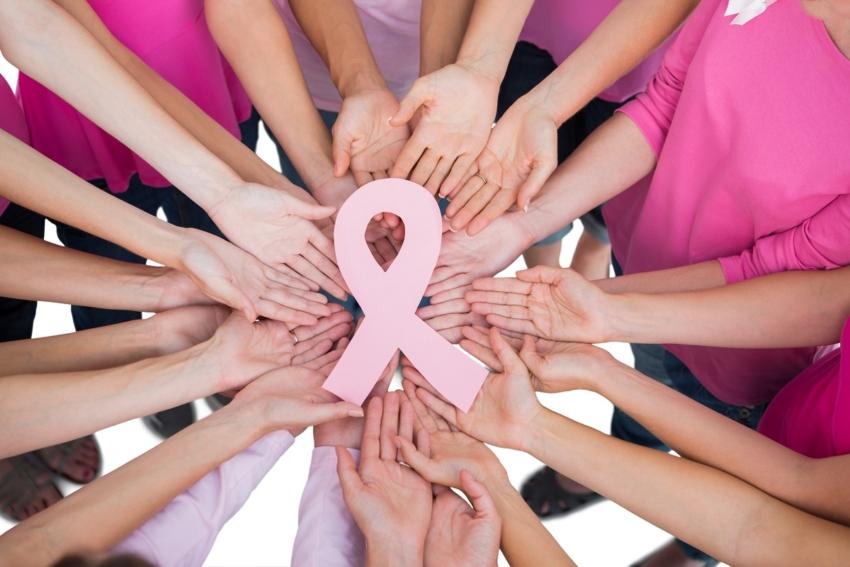 Miesiąc Świadomości Raka Piersi – zgłoś się na badania!