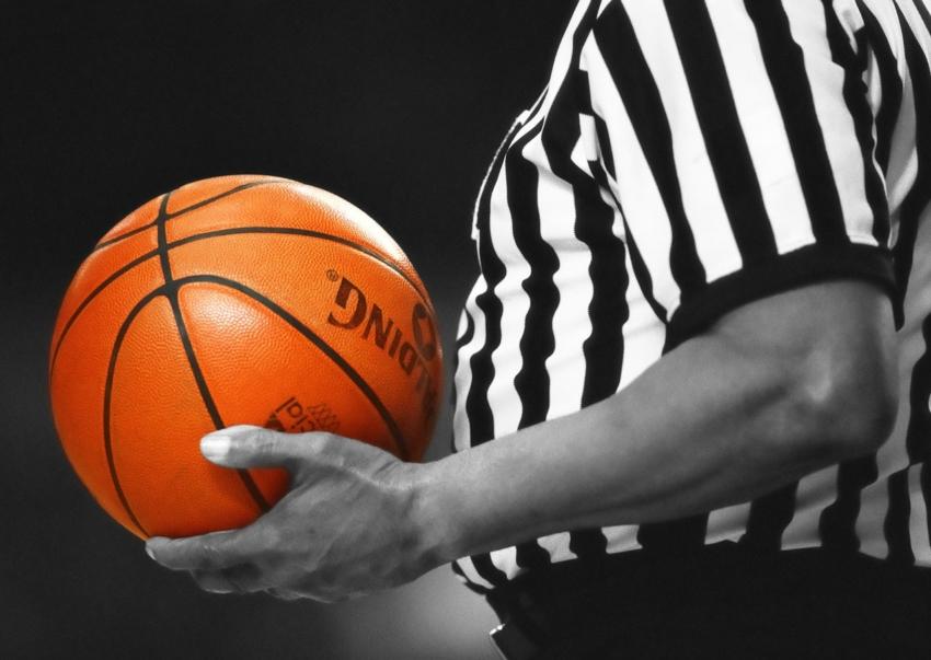 USA: sławy koszykówki i fałszywe leczenie stomatologiczne